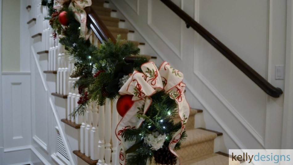 Holiday & Event Decorating By kellydesigns -  Stairwell Garland