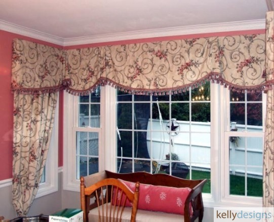 Board Mounted Sheffield Valances And Side Stationary Panels Help Trim This Boxed Out Window In This Dining Room by kellydesigns