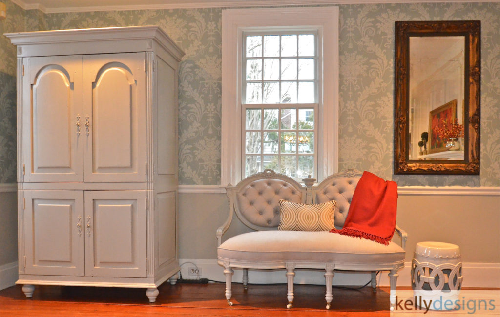 Historic Home Gets Hip -Entry - Interior Design by kellydesigns