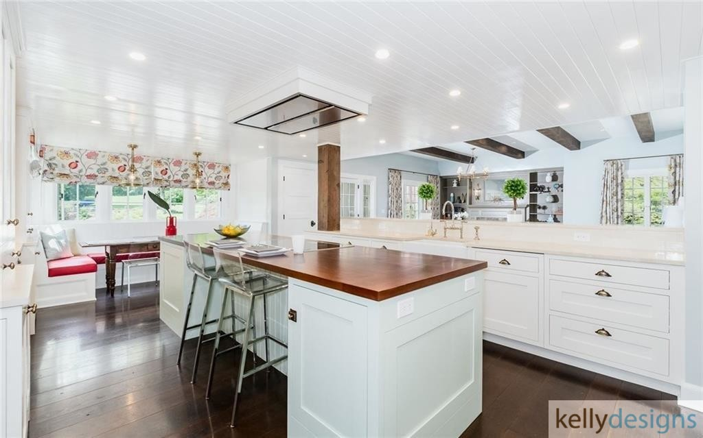 READY On Redding - Kitchen - Home Staging by kellydesigns
