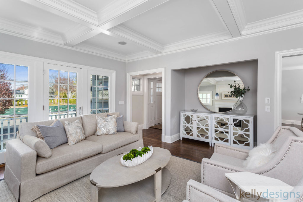 Pretty on Penfield - Home Staging by kellydeisgns