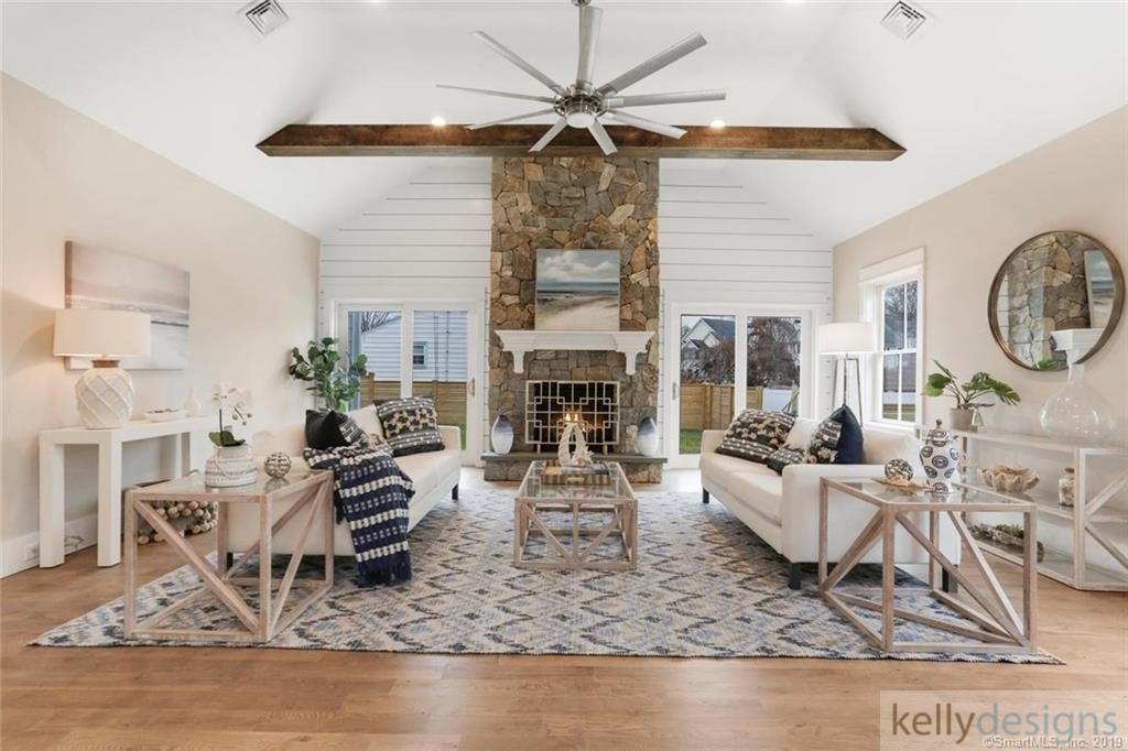 Bonus on Blake - Home Staging by kellydeisgns